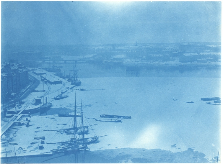 View in winter over Saltsjön (Salt water sea) from Katarinahissen (the Katarina Lift), built in 1883. The Old Town to the left and Skeppsholmen in the background.